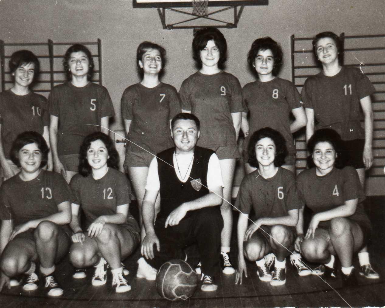 camp-to-prom-ne-femm-le-1960-1961